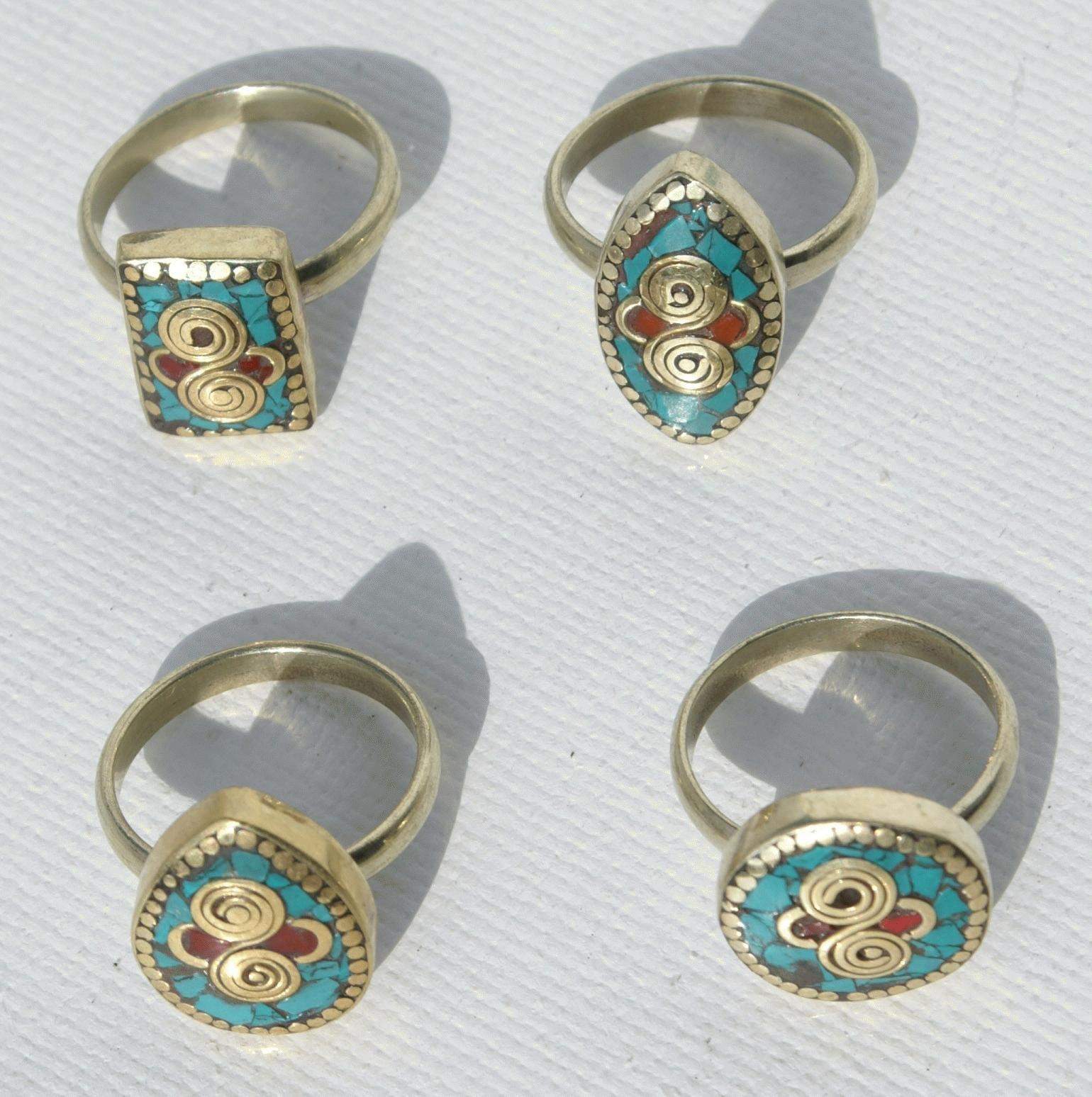 Lot 4 ringen met turquoise decor op metaal high end kostuum sieraden nieuwste mode voor - Eigentijdse high end tapijten ...